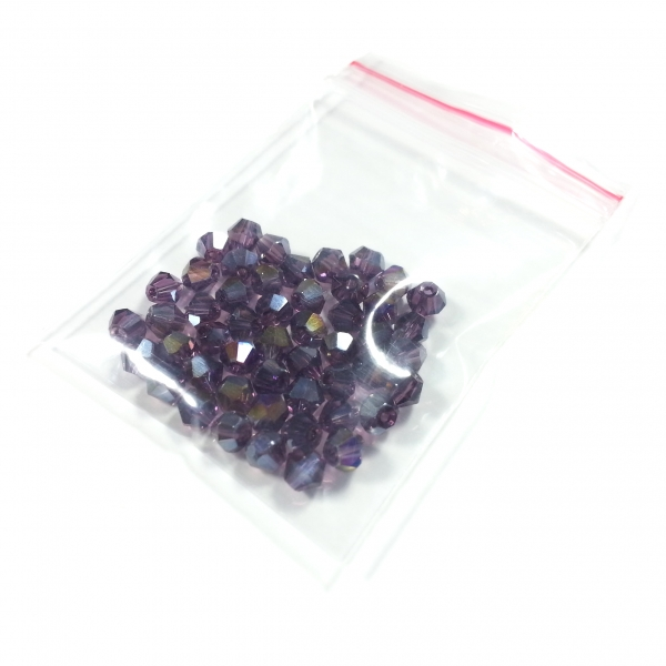 Cubes 4 mm purple shimmer AB (50 Stk.)